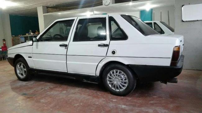 Hermoso Fiat Premio Todo Al Día.