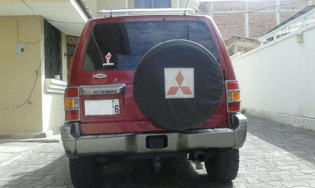 Excelente Mitsubishi Montero 3 Puertas
