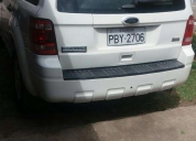 Se vende un ford escape