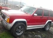 Vendo jeep cherokee 4x4.  contactarse.