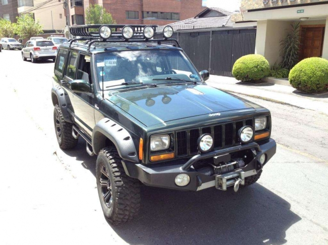 Excelente Jeep Cherokee 1998 XJ Supercharger