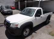 Vendo excelente mazda bt50 cs diesel 2011.
