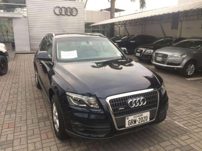 Excelente Audi Q5 2010