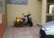 Vendo moto daytona automatica motor 150cc.