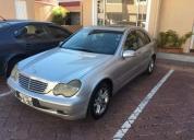 Mercedes benz c200 kompressor año 2002.