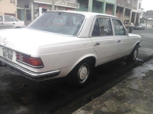 En venta Excelente Mercedes Benz clásico del 80!