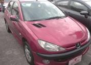 Peugeot 206 color rojo , aÑo 2005. buen estado
