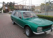 Remato automovil peugeot 504 berlina