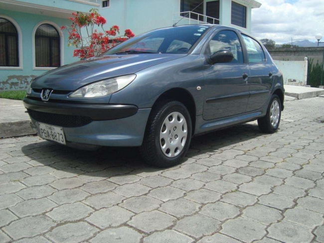 LINDO PEUGEOT BERLINA 206 FULL EQUIPO AÑO 2007, CONTACTARSE.