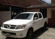 Excelente toyota hilux 4x2 doble cabina 2008