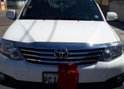 Toyota fortuner 2014 full 2.7. buen estado.