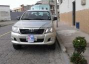 Vendo camioneta toyota hilux 4x4 c/d 2013, contactarse.