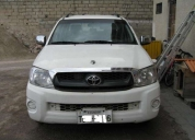 Excelente toyota hilux