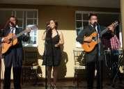 Música nacional y latinoamericana junto al trío identidad