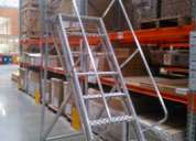 Escaleras moviles tipo avion para bodegas