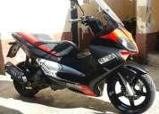 De oportunidad vendo moto aprilia sr max 300
