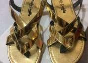 Sandalias bajas doradas
