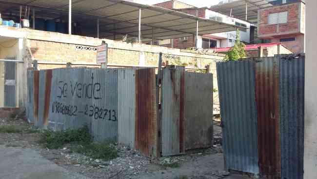 SE VENDE TERRENO EN SECTOR CÉNTRICO DE LA CIUDAD DE MANTA
