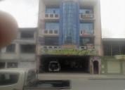 Se vende edificio de cuatro pisos con locales  (av lauro guerrero (centro de loja)