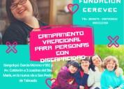 Campamento vacacional para personas con discapacidad