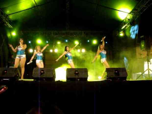 Grupo Femenino Boca Rosa