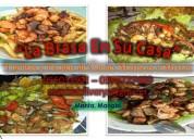 Tablitas y bandejas de picaditas de carnes y mariscos