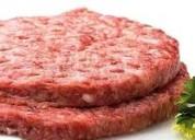 Carnes de hambuerguesas listas para asarlas, restaurantes, fiestas, eventos, comida rapida