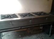 Se vende cocina industrial potente de 3 quemadores en buen estado