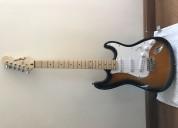 Vendo proguitar guitarra eléctrica nueva con todos los accesorios