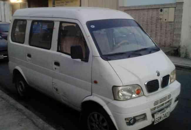 Vendo de oportunidad Minibus DongFeng 8 pasajeros