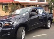 Compañía busca camioneta alquiler a su cargo