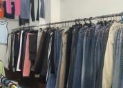 Se vende lindo local ropa americana