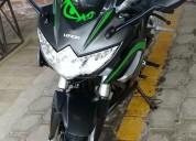 Vendo linda moto loncin 250cc, buen estado.