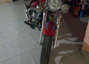 Vendo moto de paseo conservada, consultar precio.