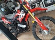 Excelente moto z1 250 comoda