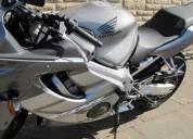 Venta excelente  honda cbr600f moto