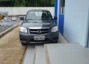 Linda camioneta doble cabina bt50 4×2 2,2