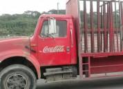 Vendo camión internacional año 2002, consultar precio.
