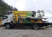 Excelente camión grúa con plataforma gr03
