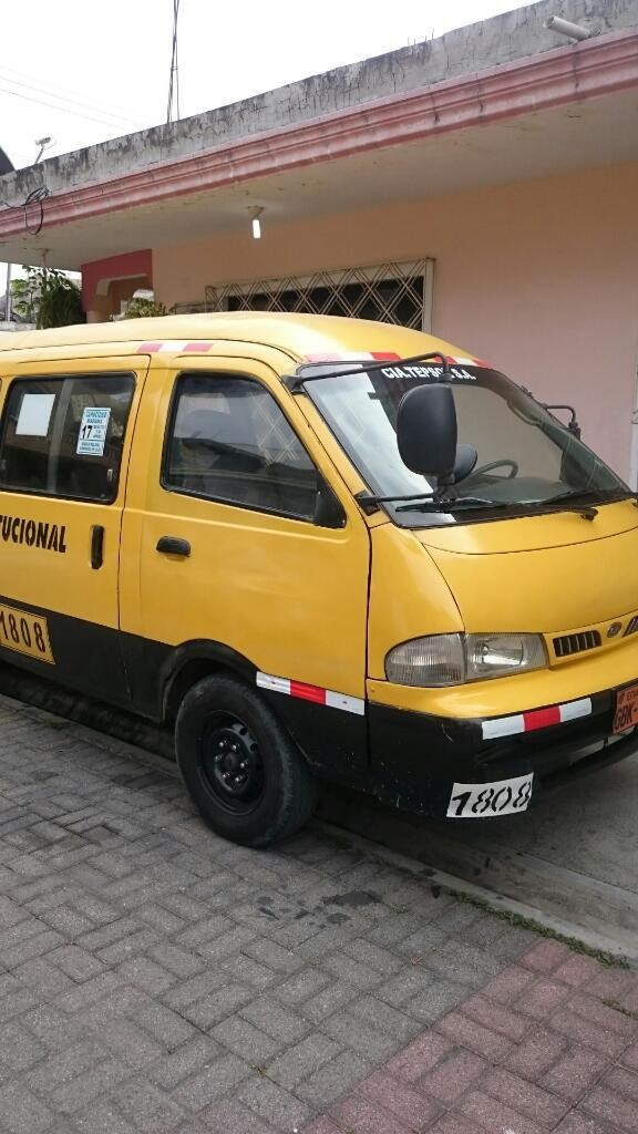 Excelente Buseta Kia 2002 Servicio Alquiler