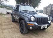 Excelente jeep liberty 4x4