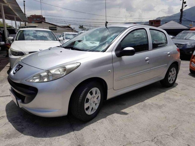Excelente Peugeot 207, 2012, Gasolina