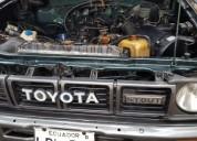Se vende camioneta toyota año 1992, contactarse.