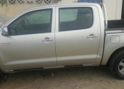 Flamante toyota hilux 2015 4x2 59000km, contactarse.