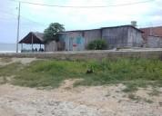 venta de terreno y casita mixta a pie del mar