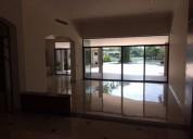 Samborondon ciudadela privada de lujo casa de una planta y vista lago 3 dormitorios 1428 m2