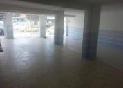Excelente local de 75 m2 en centro comercial en la jipijapa 75 m2