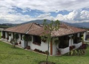 Vista espectacular quinta en pifo-casa rustica - rosana cocios 2 dormitorios 13700 m2
