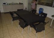De oportunidad vendo 1 mesa con 4 sillas plásticas style