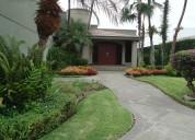 Vendo hermosa villa urbanizacion laguna dorada, guayaquil